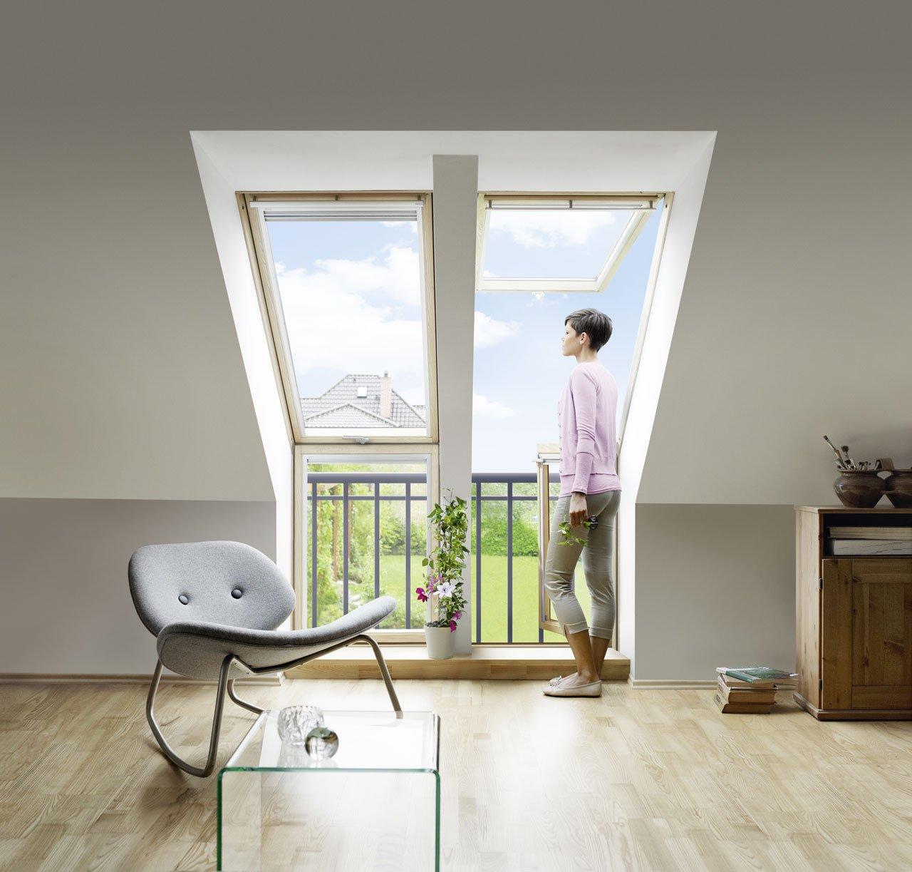 dachfenster mit balkon affordable fenster fr die fassade with dachfenster mit balkon blick aus. Black Bedroom Furniture Sets. Home Design Ideas