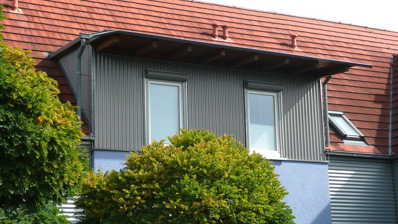 Dachst hle und dachgauben sacher holzbau sacher holzbau for Holzcontainer wohnen